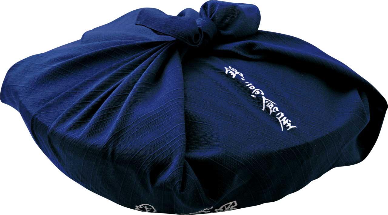 風格溢れる、竹籠風呂敷包装(税込850円)での<br />お届けも可能です。